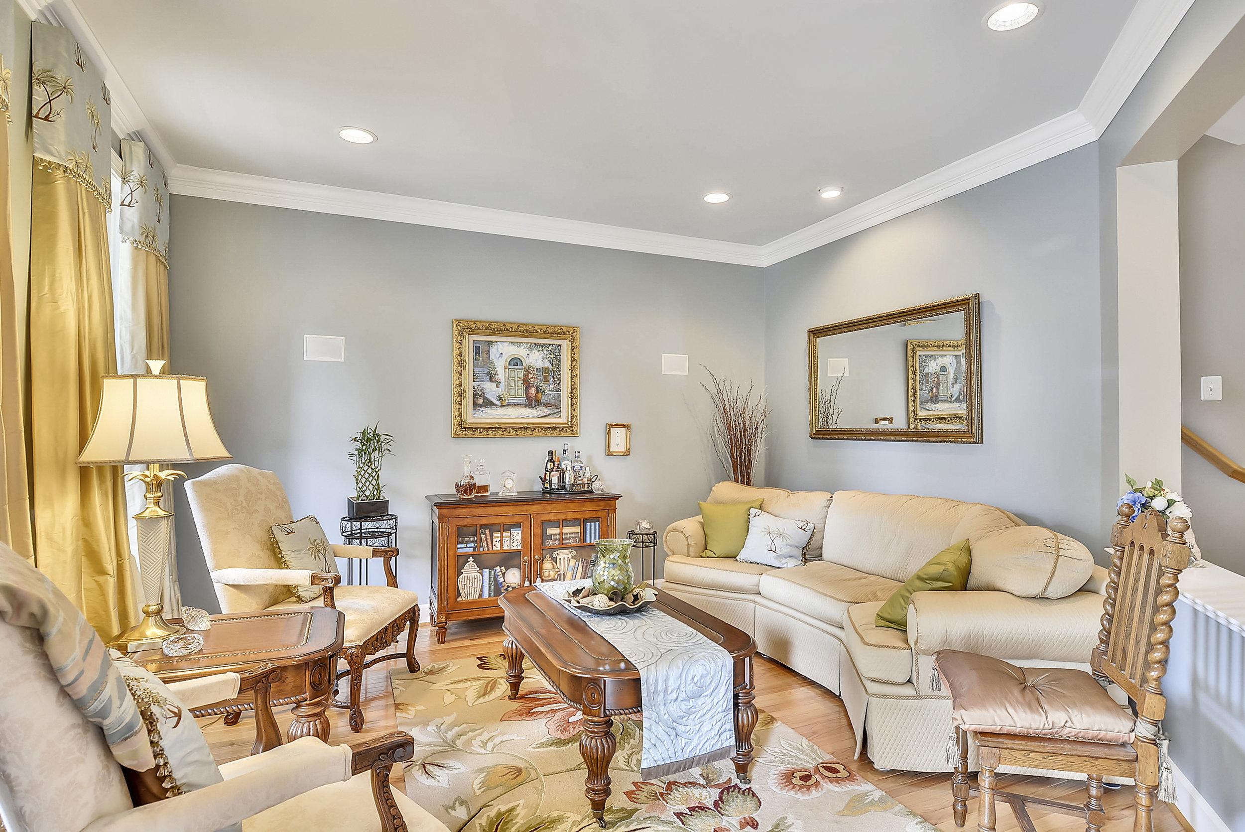 Main Level-Living Room-_DSC6670.JPG