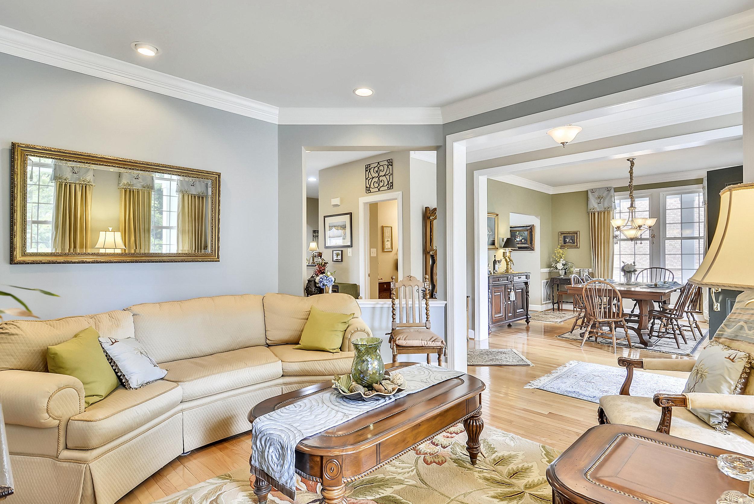 Main Level-Living Room-_DSC6675.JPG