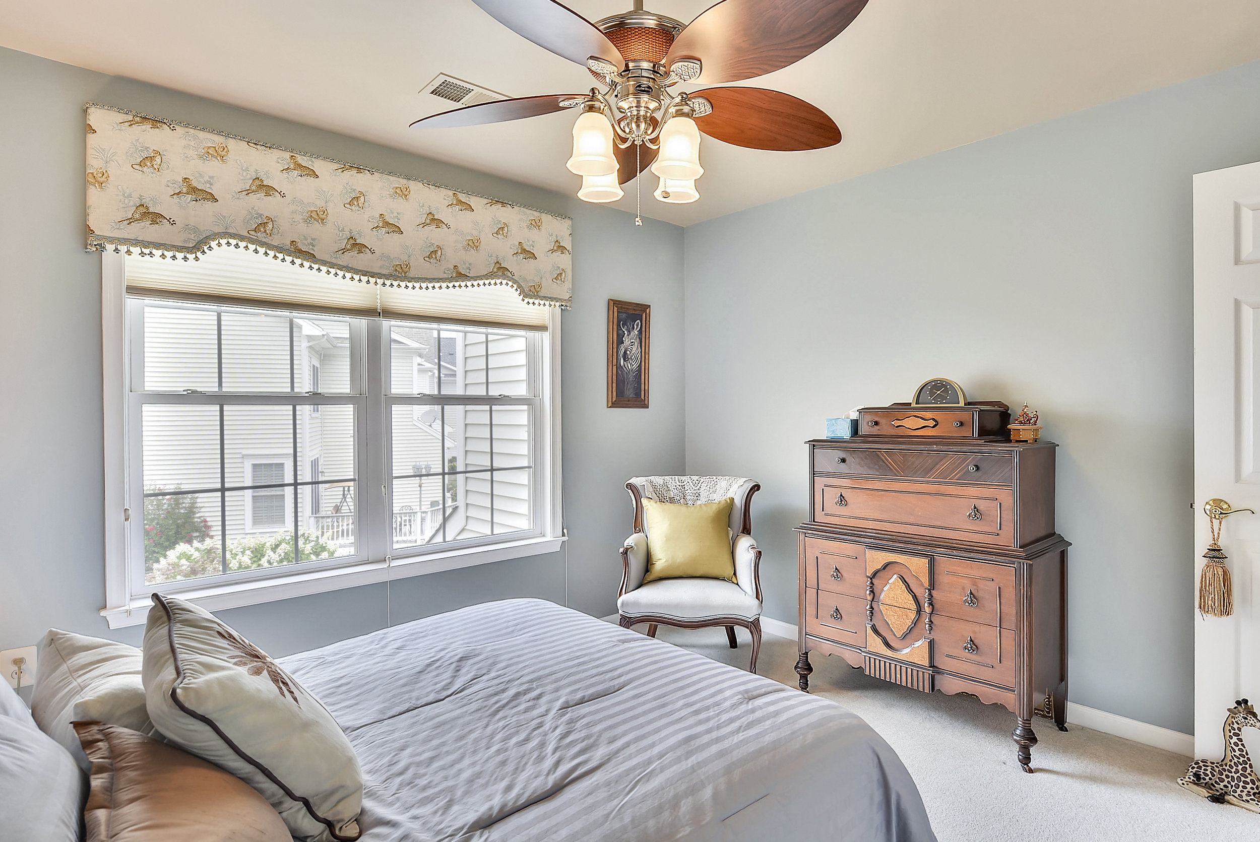 Upper Level 1-Bedroom-_DSC6550.JPG