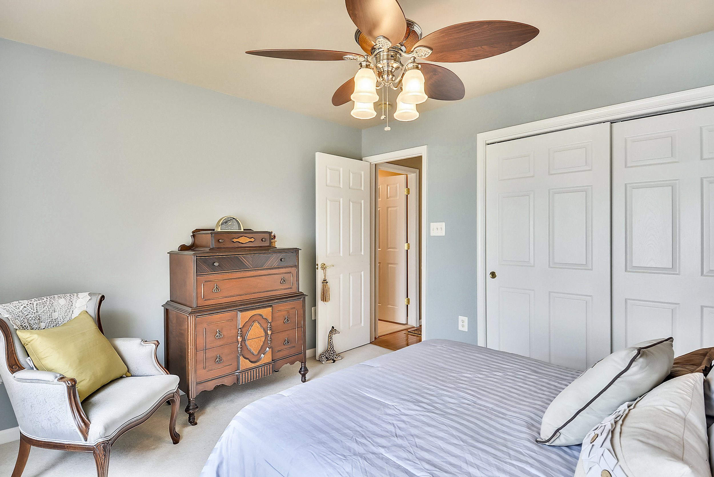 Upper Level 1-Bedroom-_DSC6555.JPG