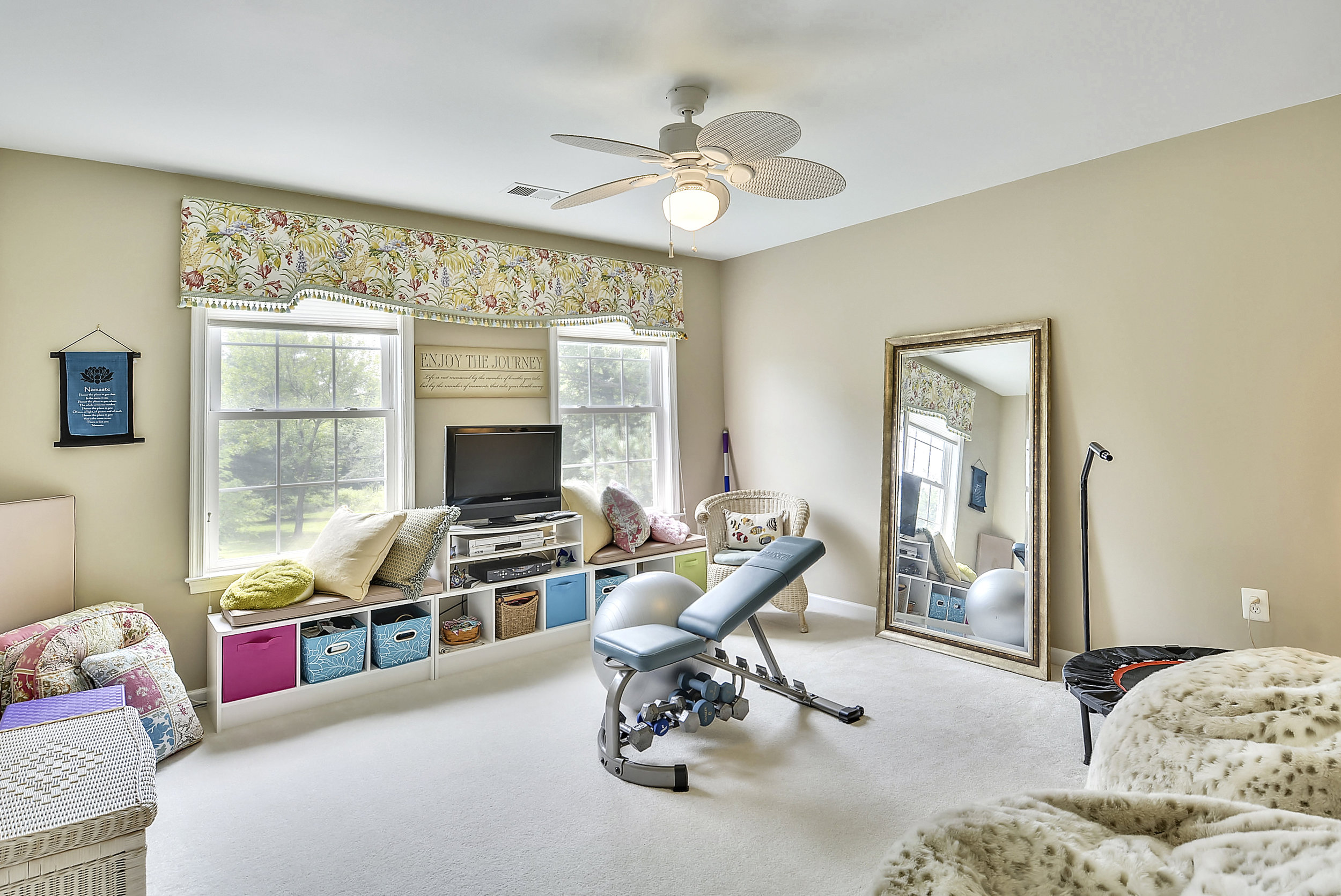 Upper Level 1-Bedroom-_DSC6565.JPG