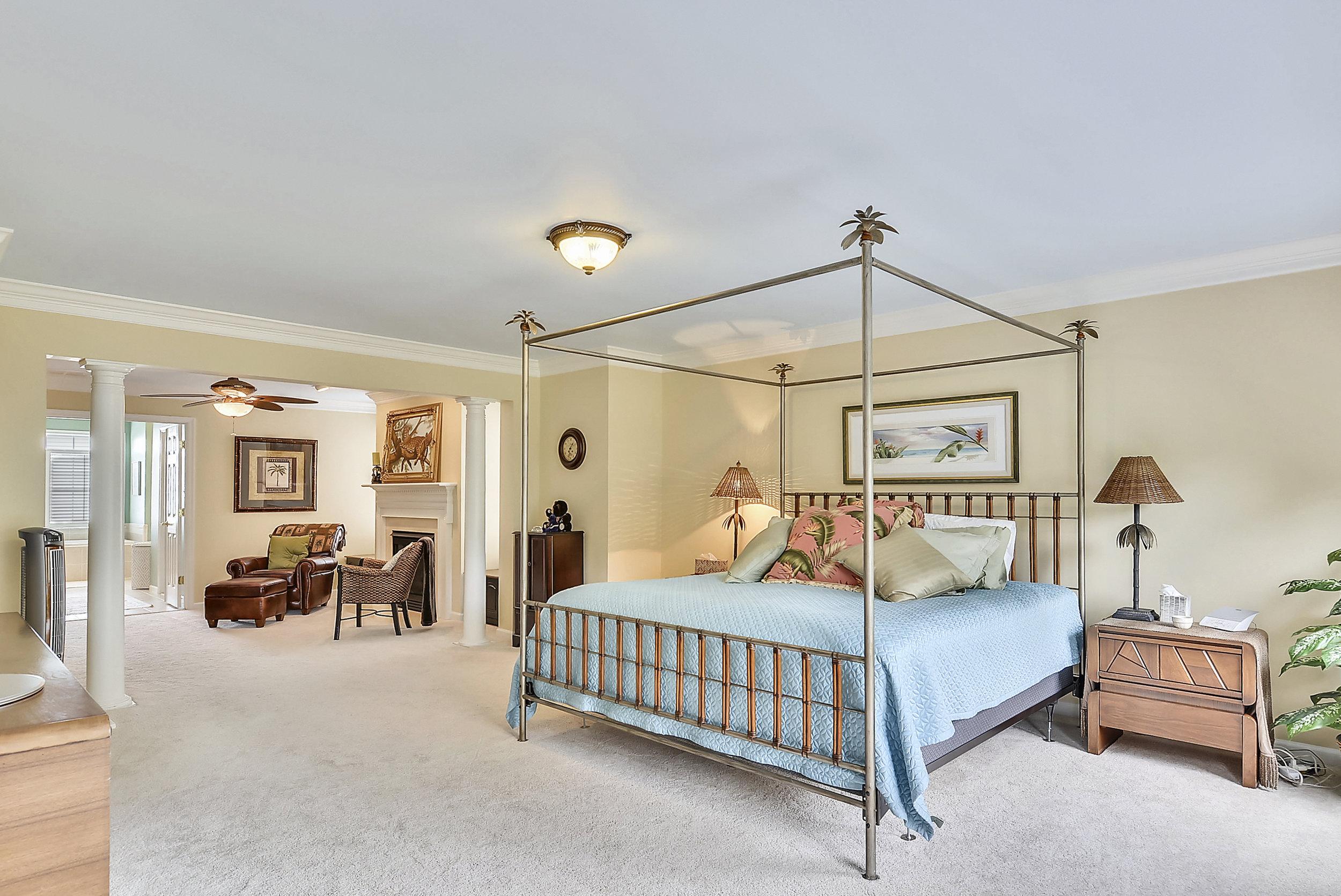 Upper Level 1-Master Bedroom-_DSC6485.JPG