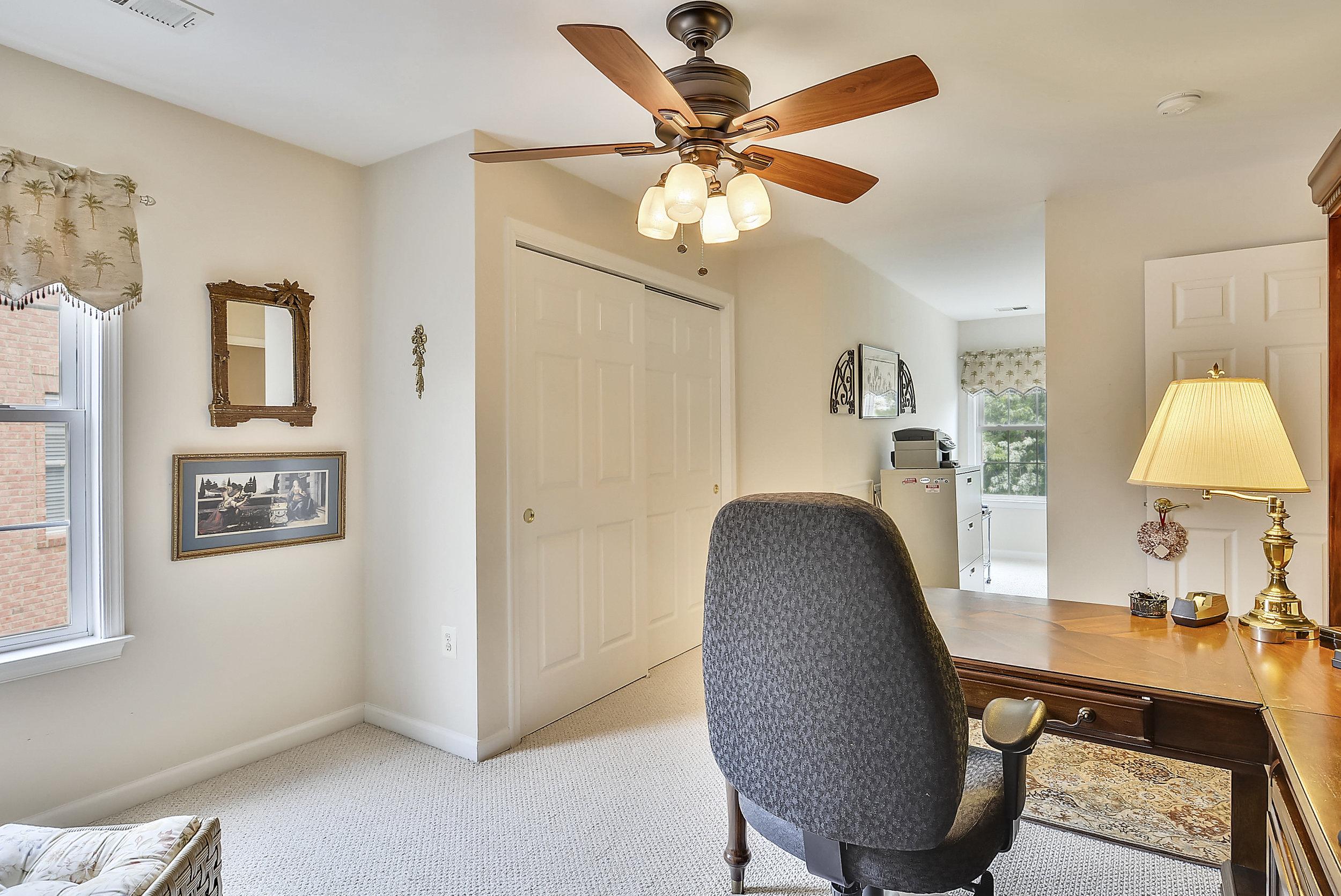 Upper Level 2-Bedroom-_DSC6465.JPG