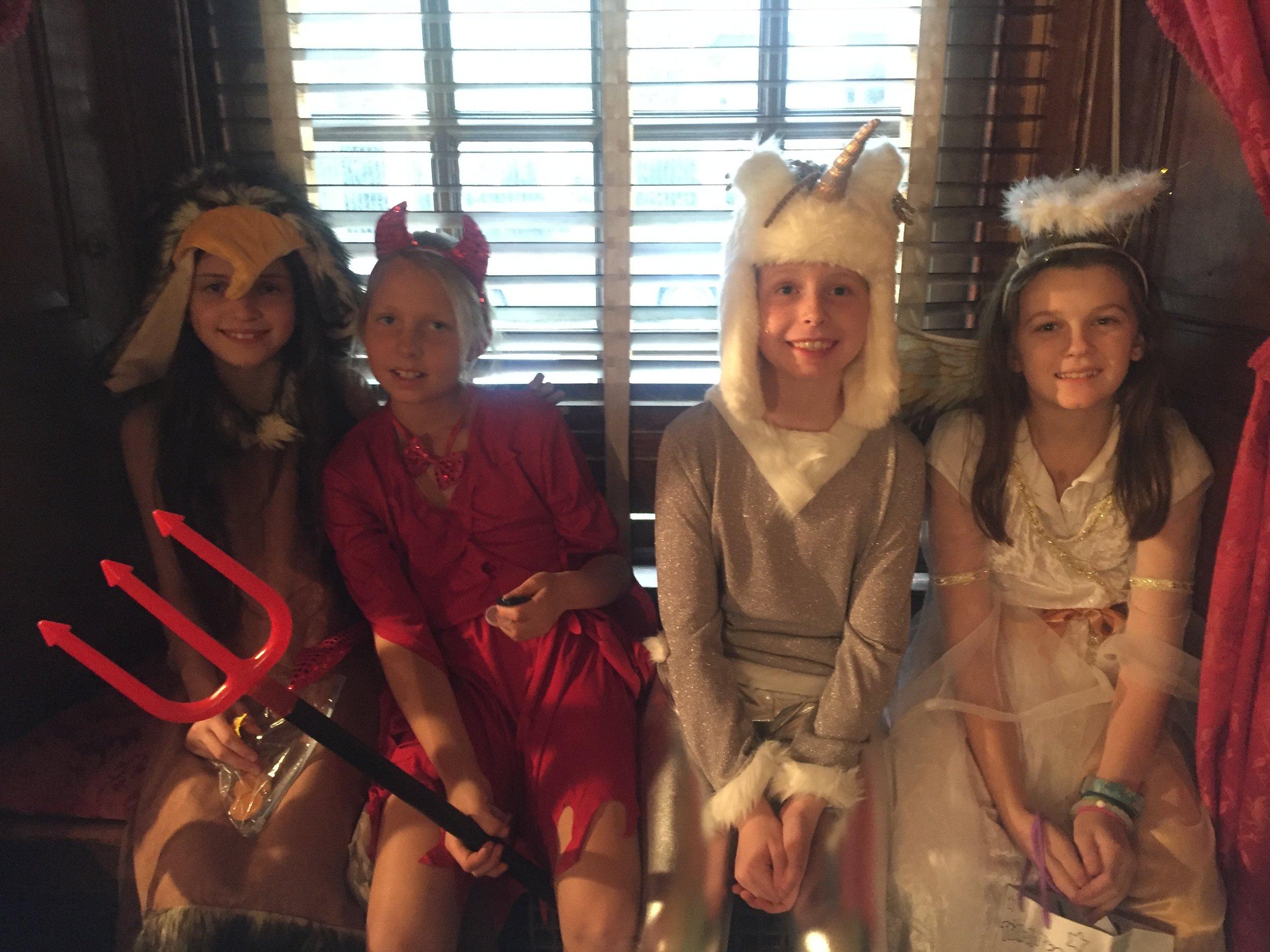 a 2015-10-247 Dames Halloween party  (15).JPG
