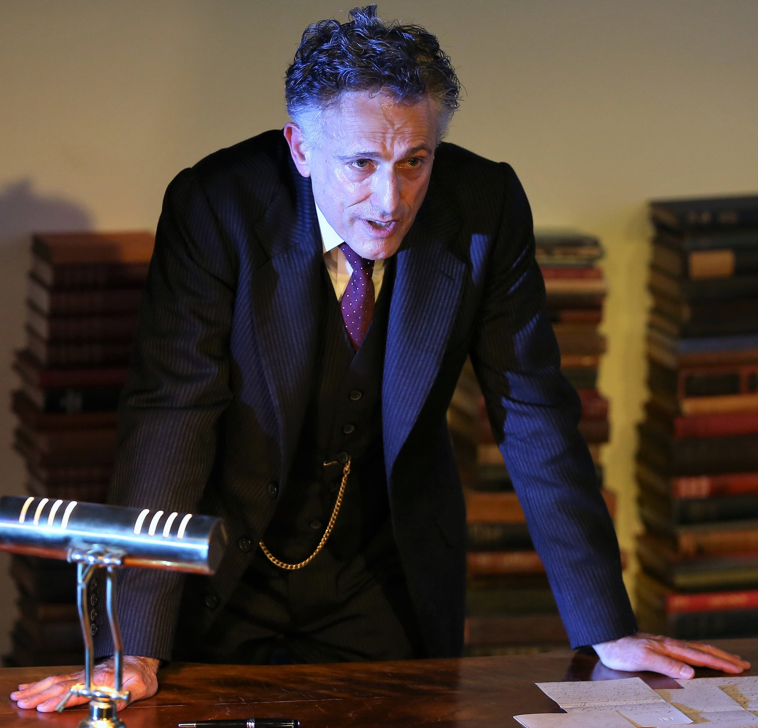 Greenspan performs O'Neill's nine-act play over five hours. Photographs by Carol Rosegg.