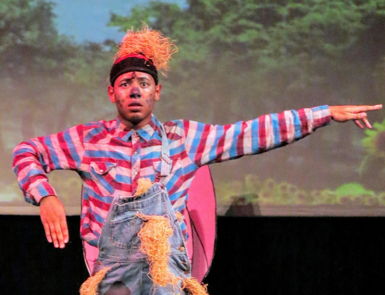 Derrick Montalvo as Scarecrow. Photograph by Rina Kopalla.