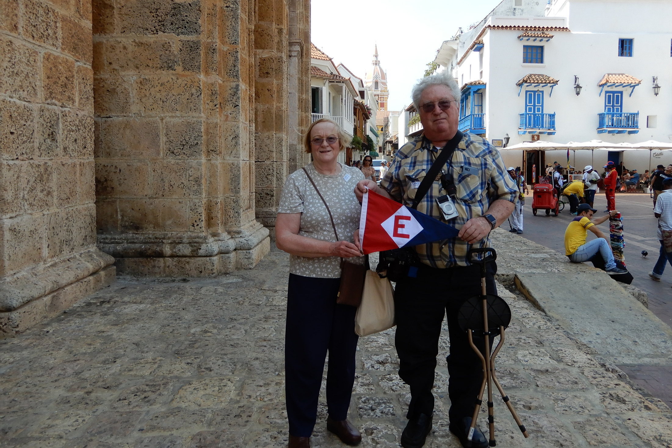 Joan & Keith Dunlap in the town square of Cartegena, Colombia