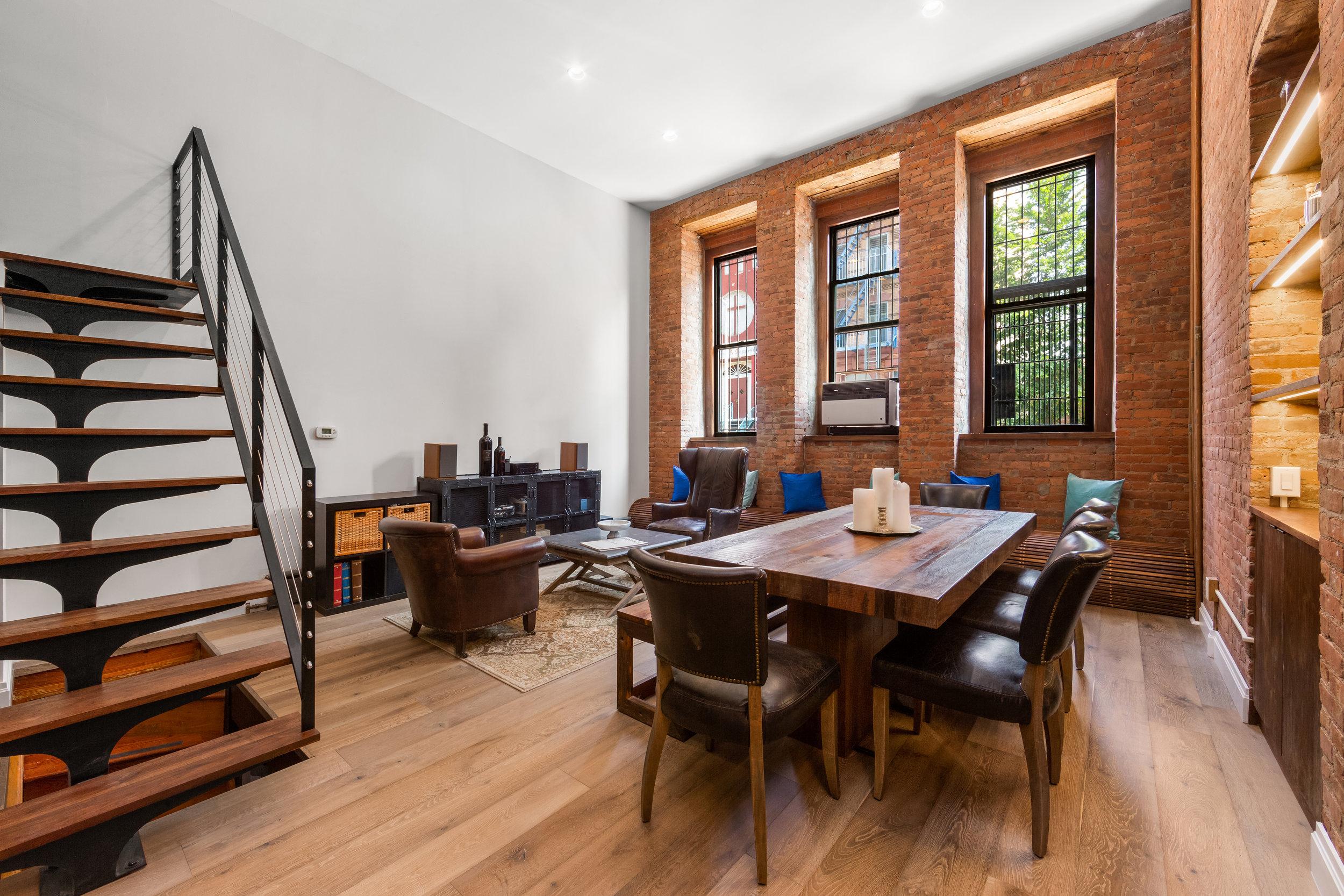 300 East 4th Street | 1A  $1,395,000 | 2 Beds | 1 Bath