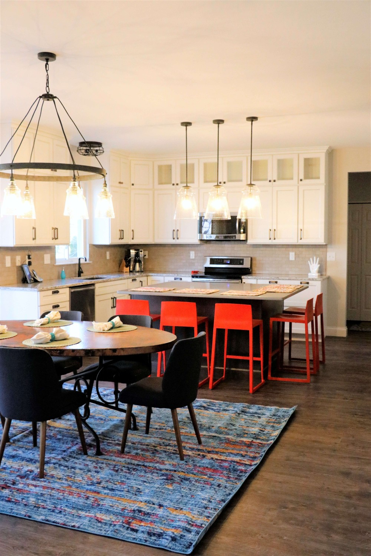 full-kitchen.jpg