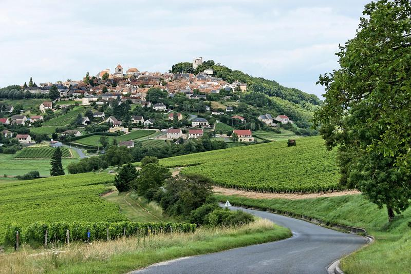 If there is a place on Earth I could take The Greatest Wife In The World right now, it would be here. Image credit:  Loire Valley Tours