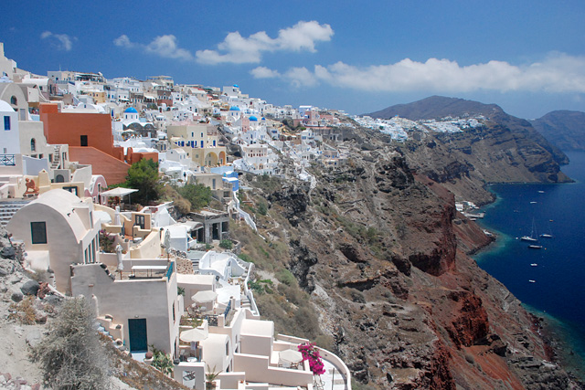 The stunning landscape of Santorini. Image credit:  Wikipedia
