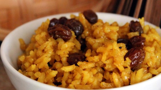 South African yellow rice: a key to unlocking the fruitiness of Pinotage. A match made in heaven with the Southern Right Pinotage (below). A solid recipe can be found  here  if you want to give it a shot! Image credit: Allrecipes.com