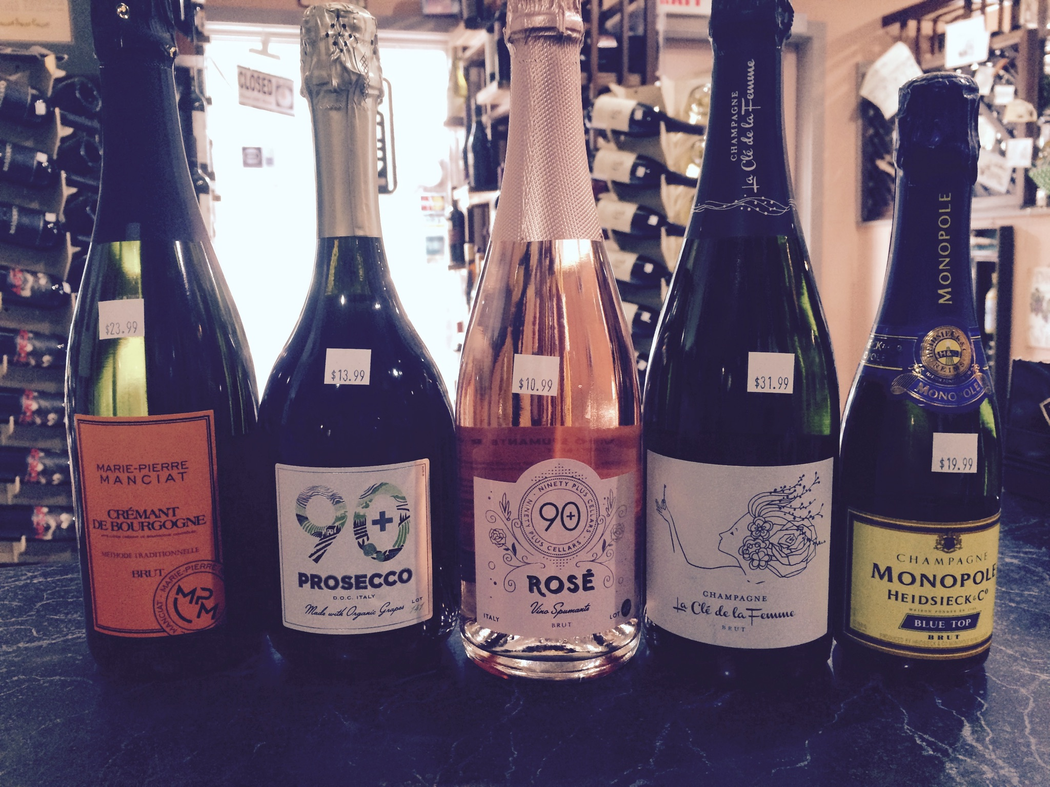 We sampled five sparkling wines this weekend to celebrate the end of summer...and sending the kids back to school.