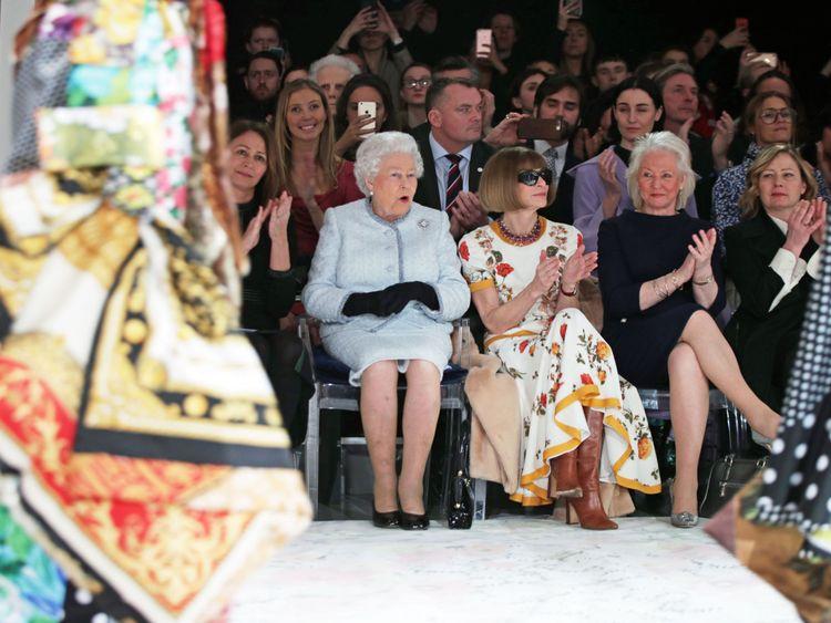 skynews-queen-london-fashion-week_4236215.jpg