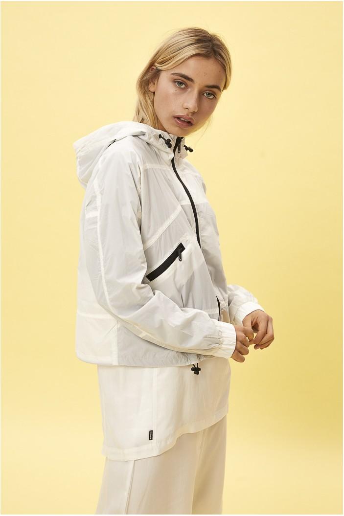 off-white-waterproof-sports-jacket-alessandra.jpg