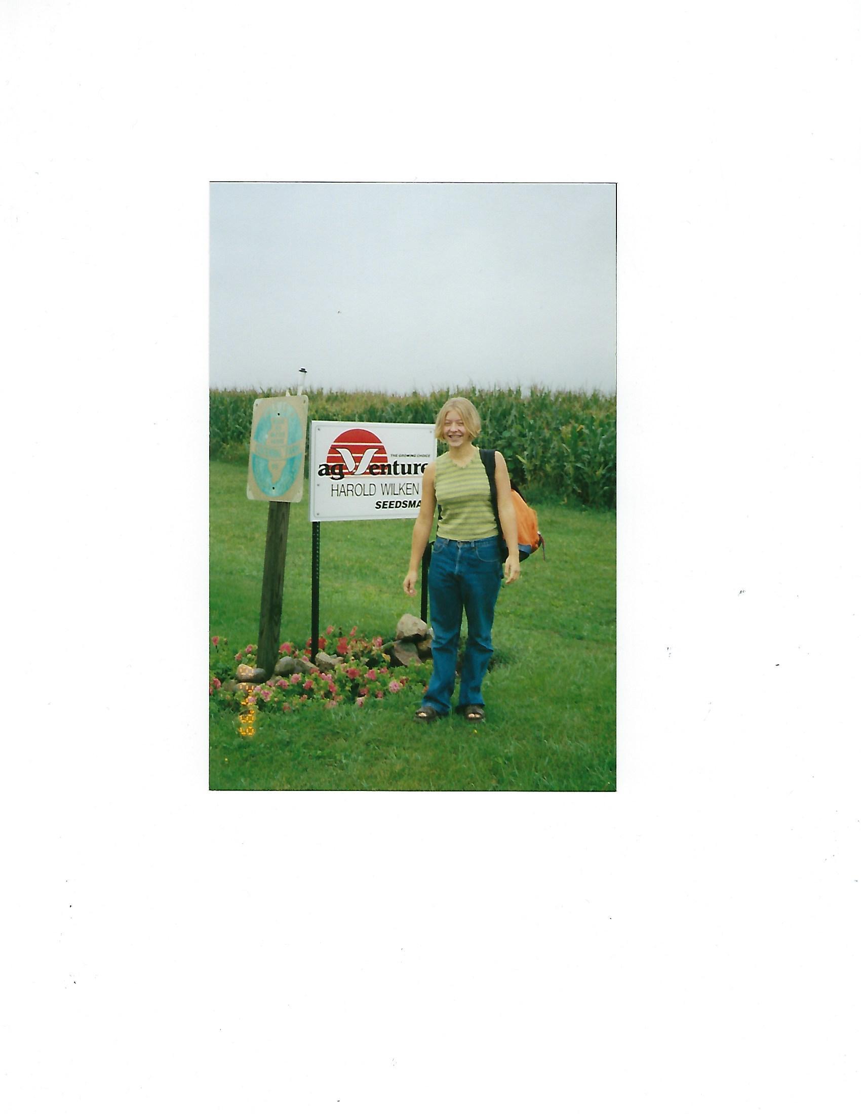 Janie 1st day of school 1999.jpg