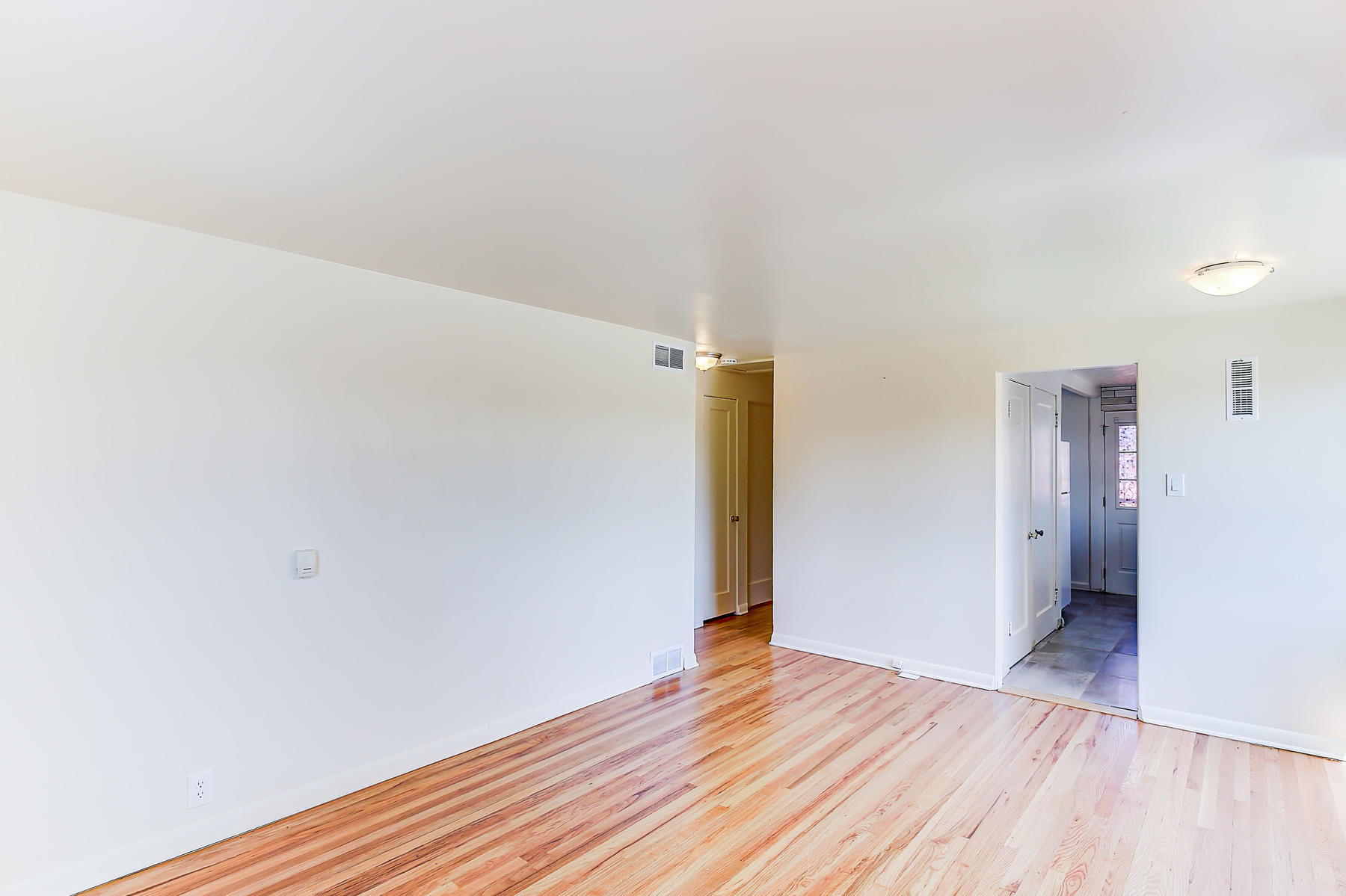 7315 Richthofen Pl Denver CO-005-14-5-MLS_Size.jpg