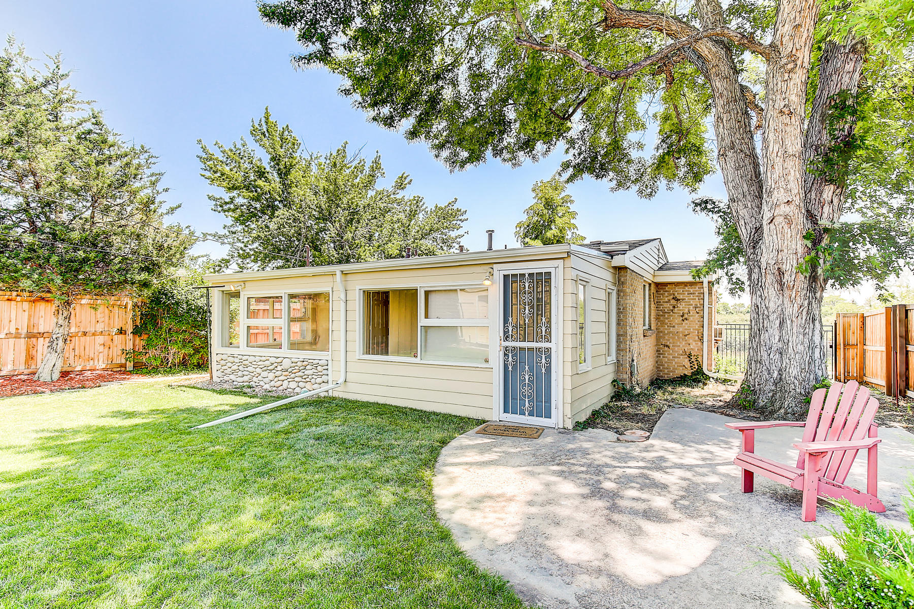 7315 Richthofen Pl Denver CO-033-29-34-MLS_Size.jpg