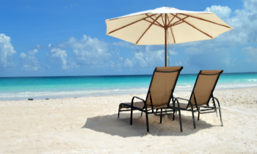 Beach-Scene-2-with-chairs-and-Umbrella.png