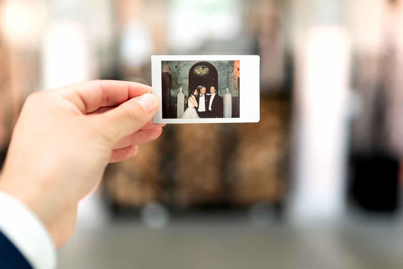 hochzeit-dj-alex-awesome-polaroid-memories.jpg