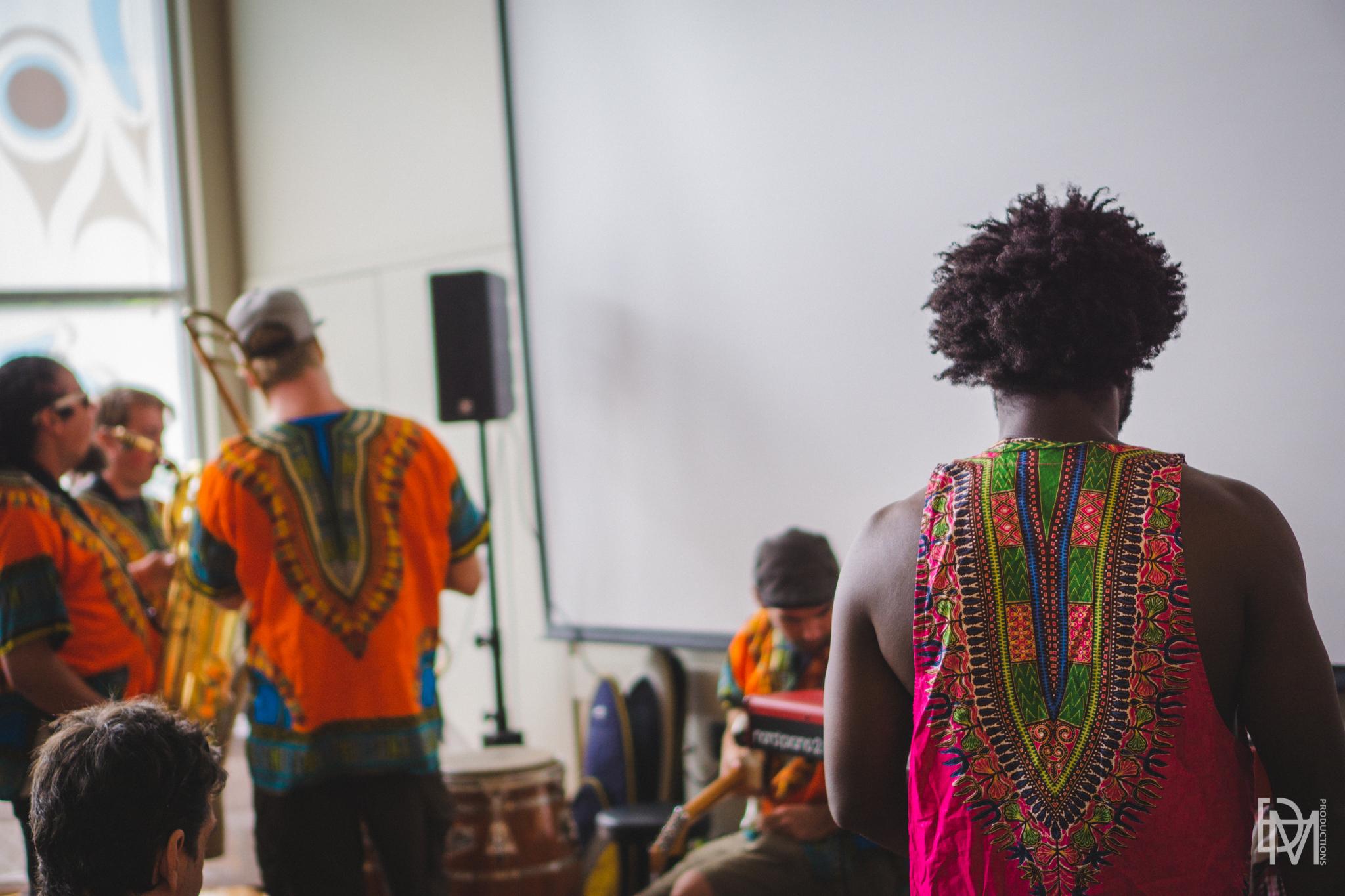 Kara Kata Afro beat group performing