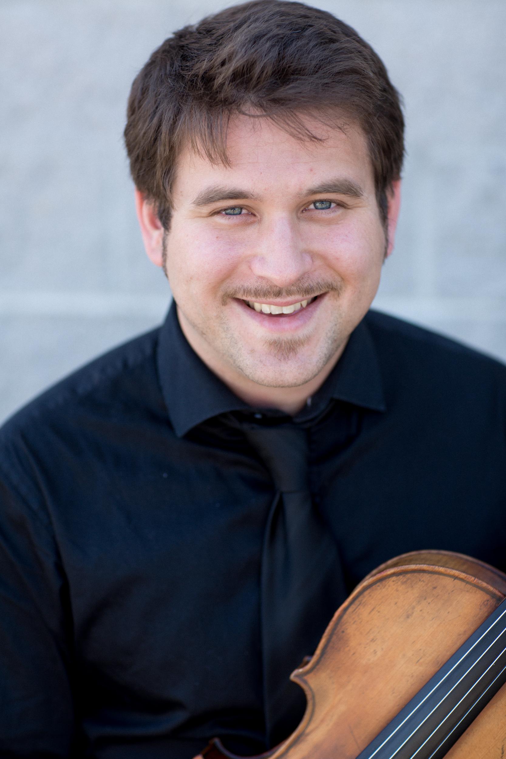 Alex Volonts, viola