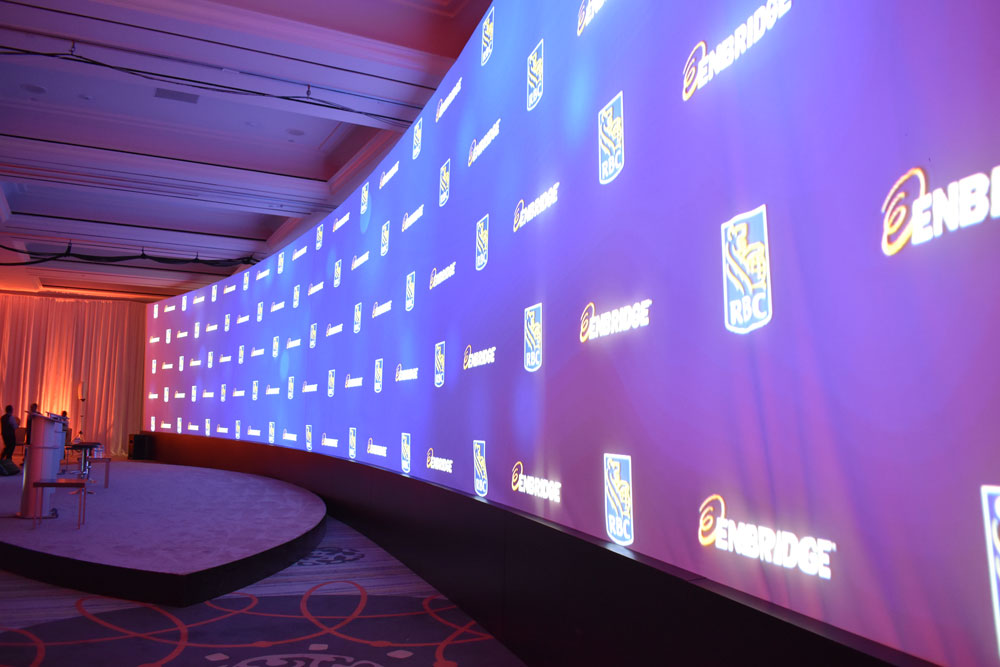 90' Projection Screen