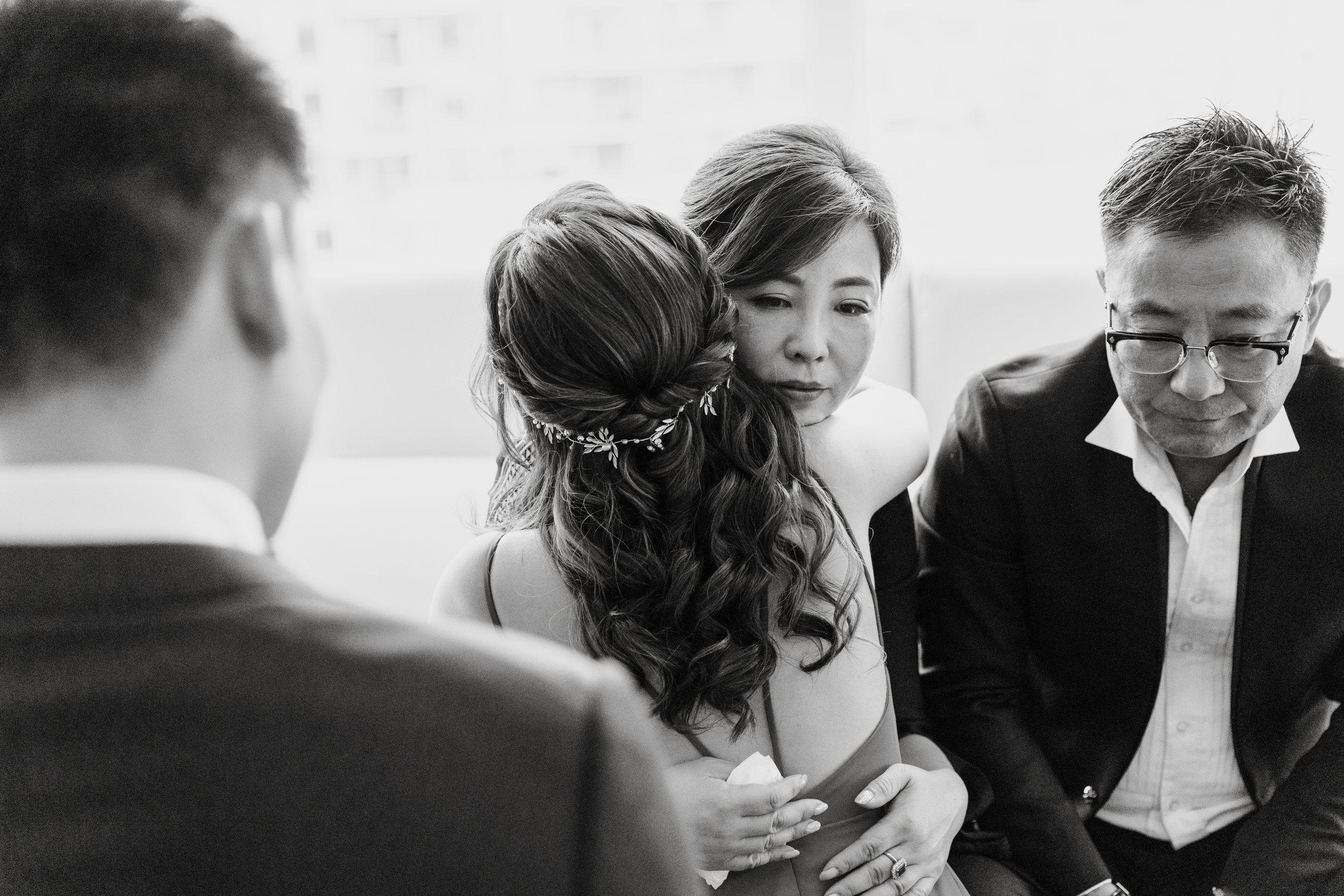 HeraStudios_Selects_LinaPeter_Wedding0042.jpg