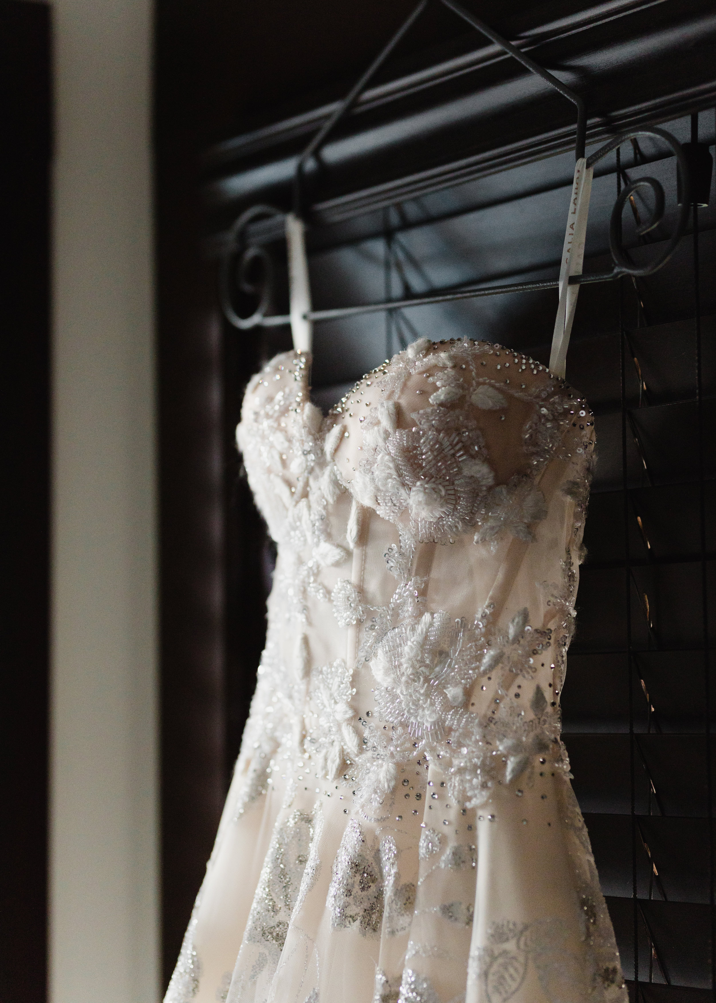 HeraStudios_Selects_Full_VanessaDave_Wedding0035.jpg