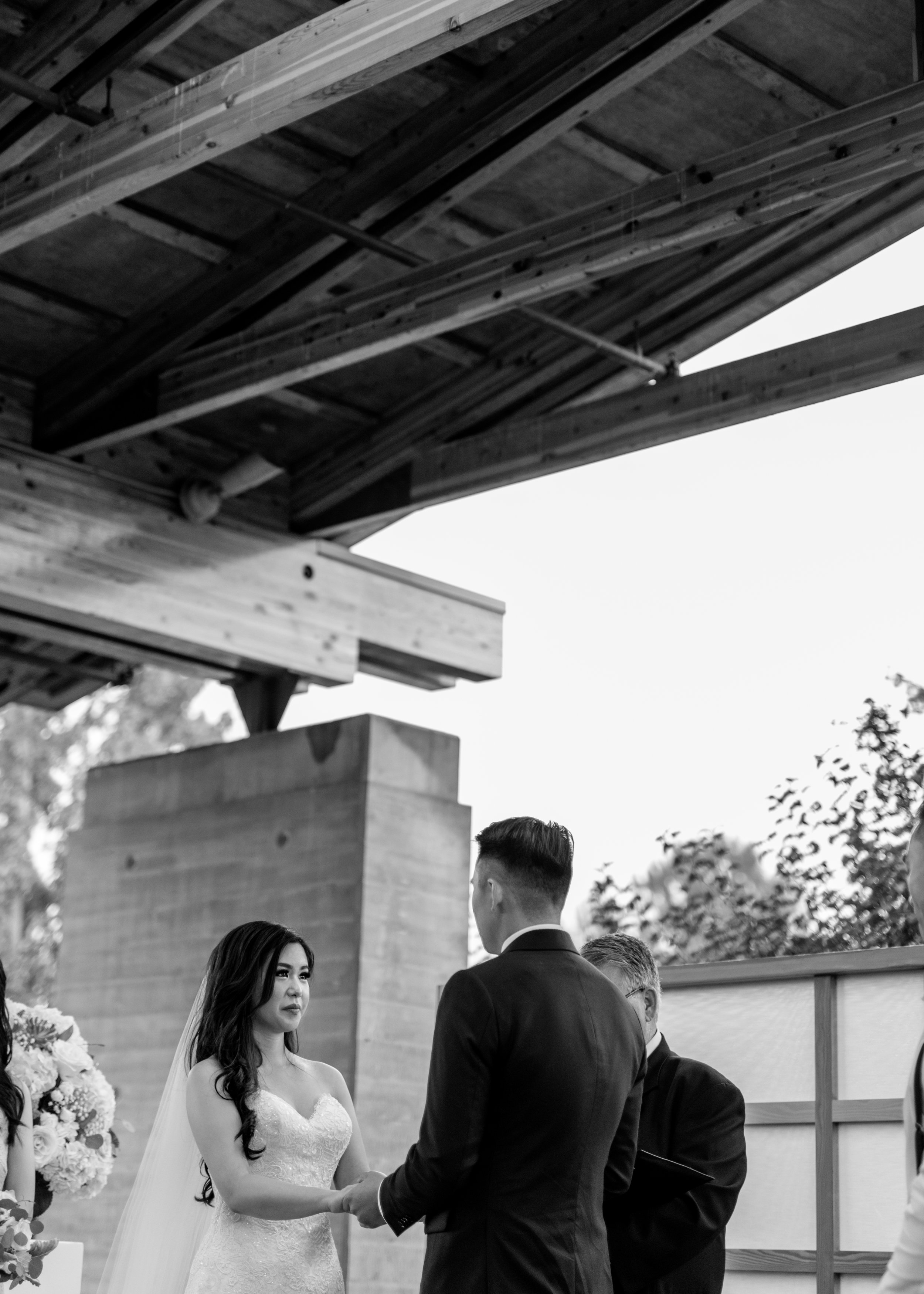 HeraStudios_Selects_Full_LianaJuliano_Wedding-322.jpg