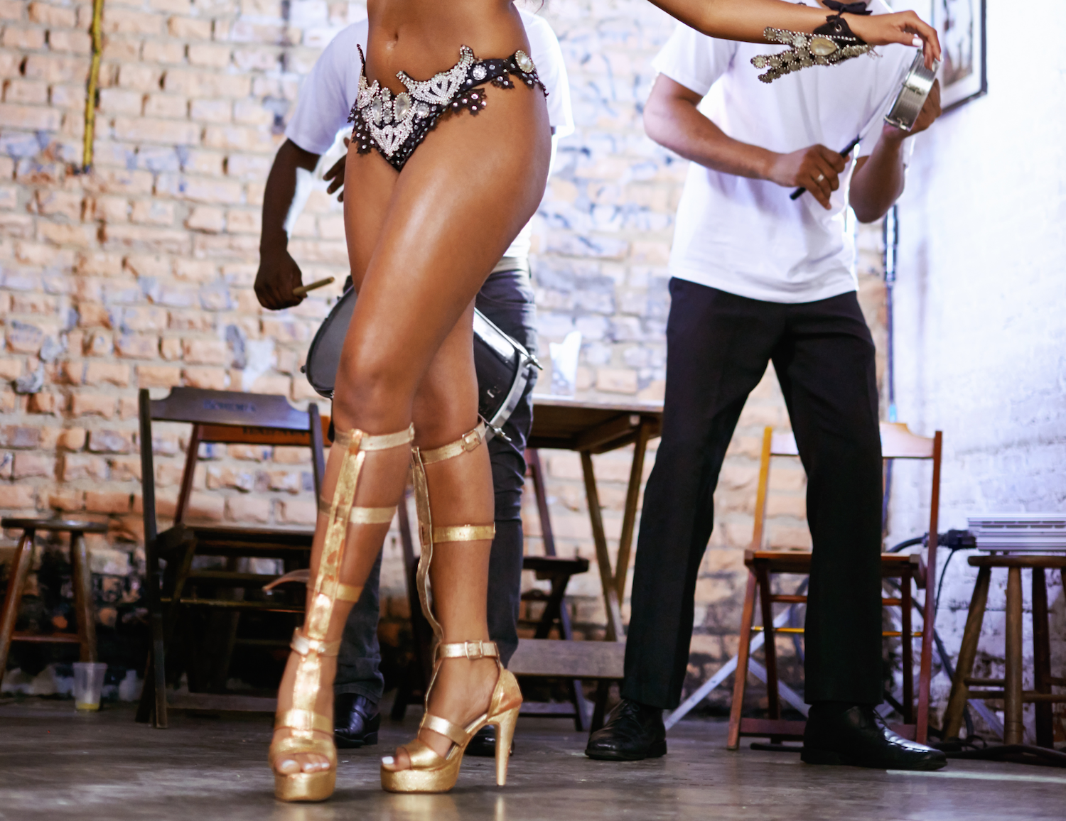 Learn Beautiful Samba Combinations step-by-step with Vanessa. THIS IS An online program for all dancers!