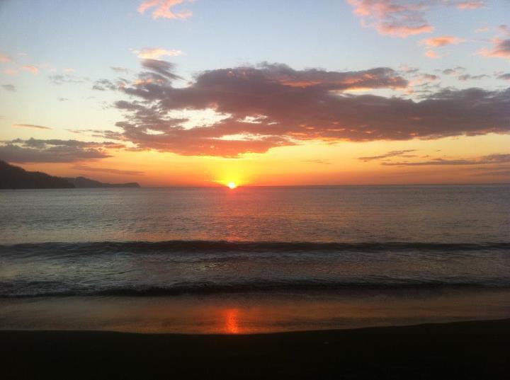 Costa-Rica-sunset.jpeg