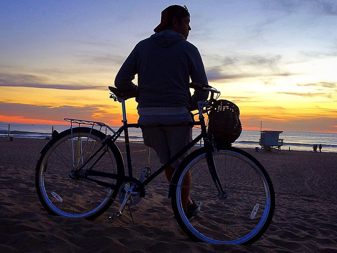 Manhattan-Beach-bike-sunset.jpg