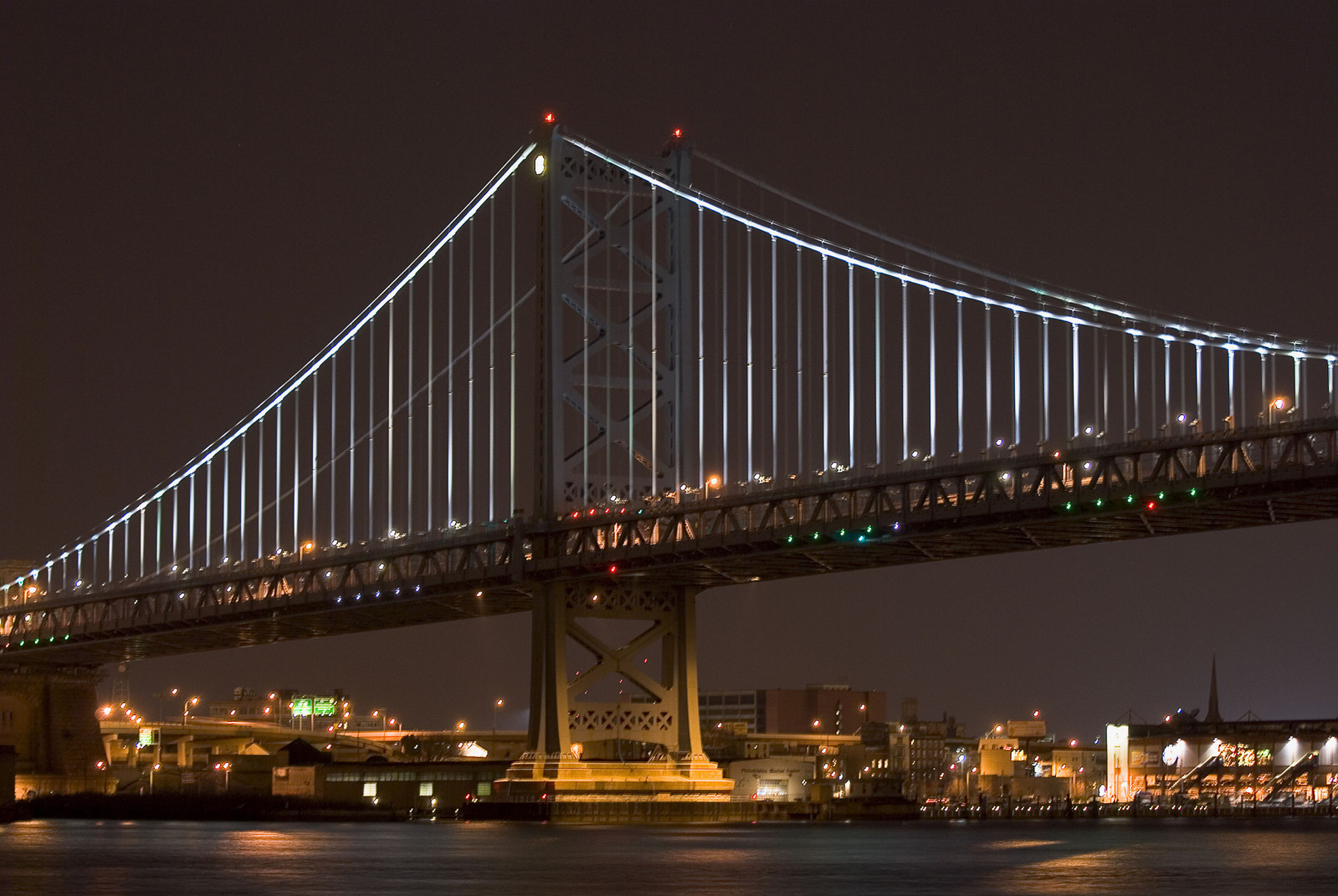 ben-franklin-bridge-1222685-1599x1070.jpg