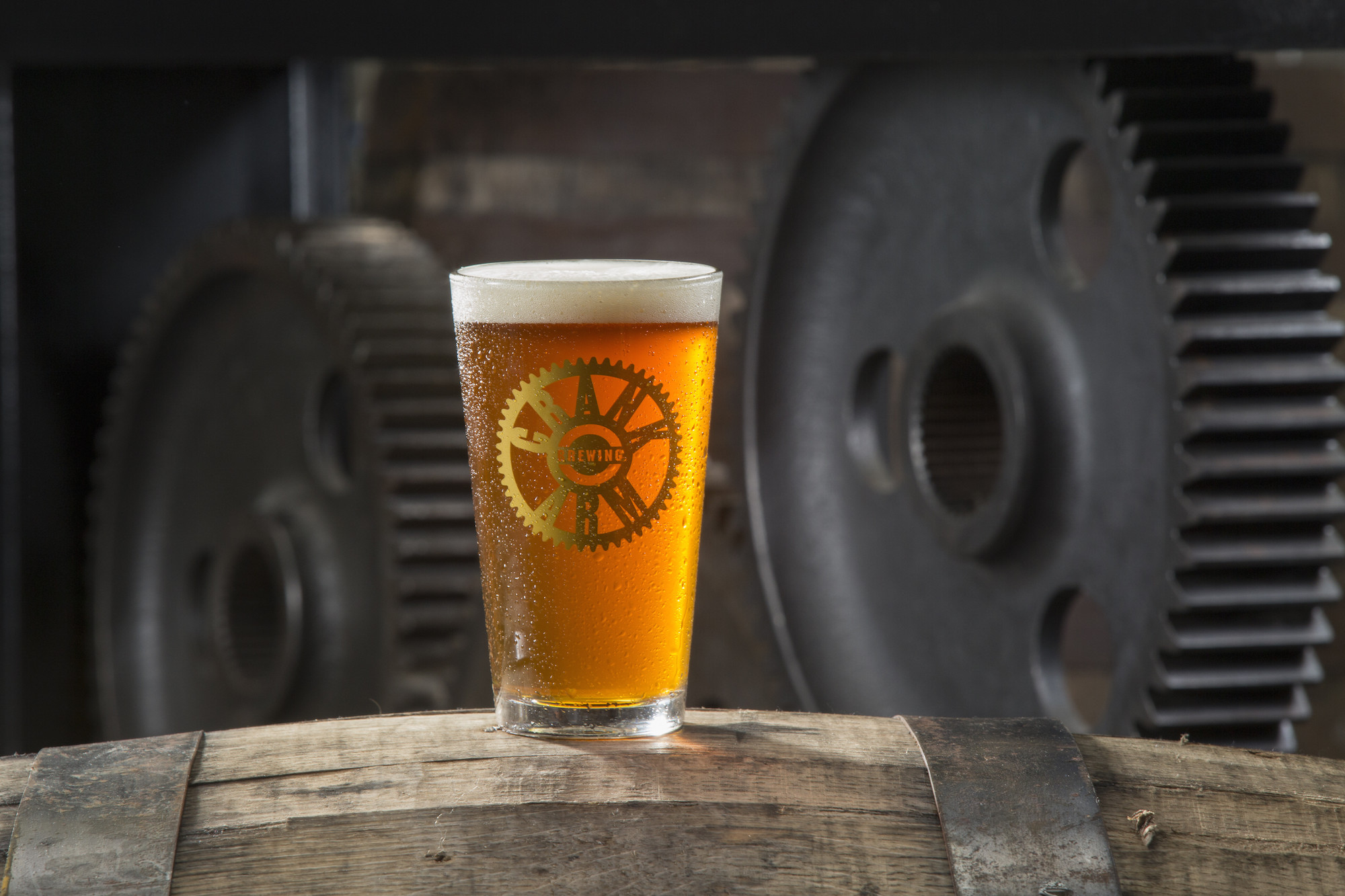 Pint-of-Beer-on-Barrel-at-Crank-Arm-Brewery-in-Raleigh.jpg