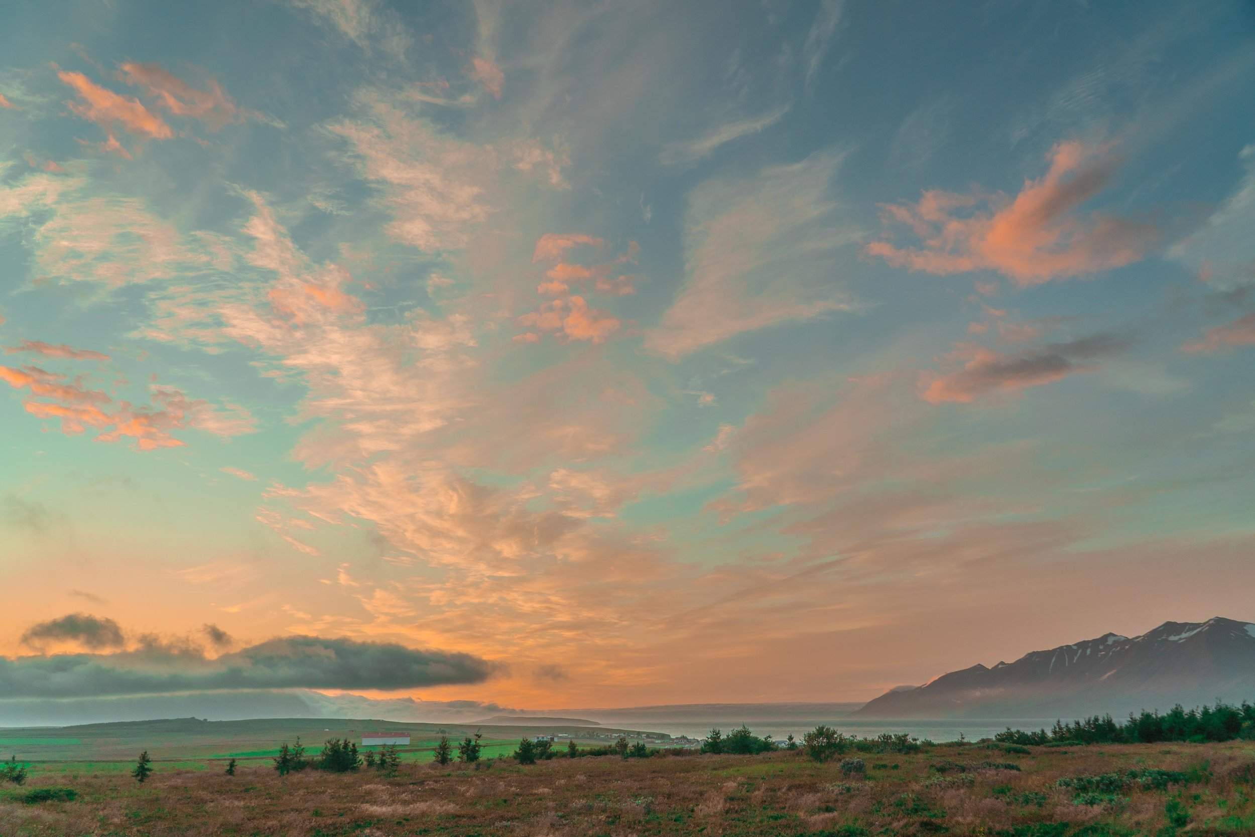 Iceland summer sunset.jpg