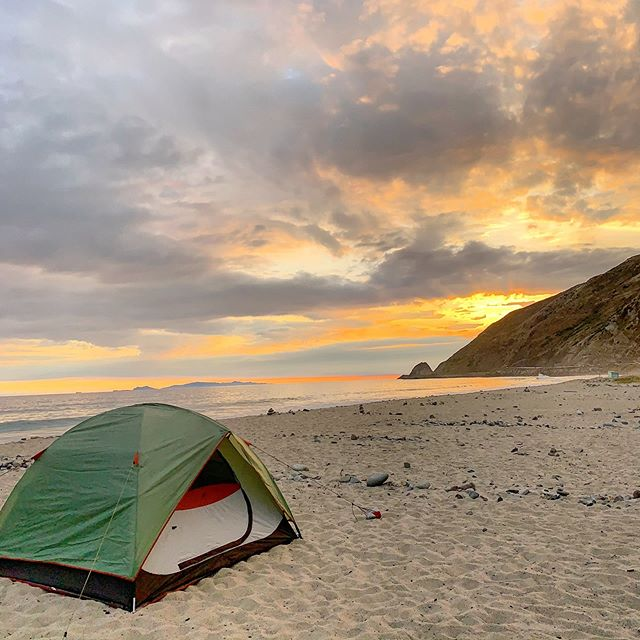 Friday night light 🌅?! Friday's beach camping adventure wasn't terrible. #campvibes #chasinglight