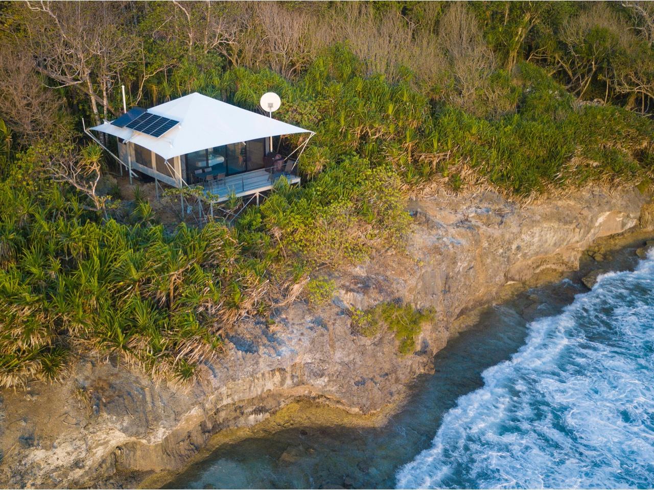SwellLodge-Offgrid-Solar-Power-System-Christmas-Island-3.jpg