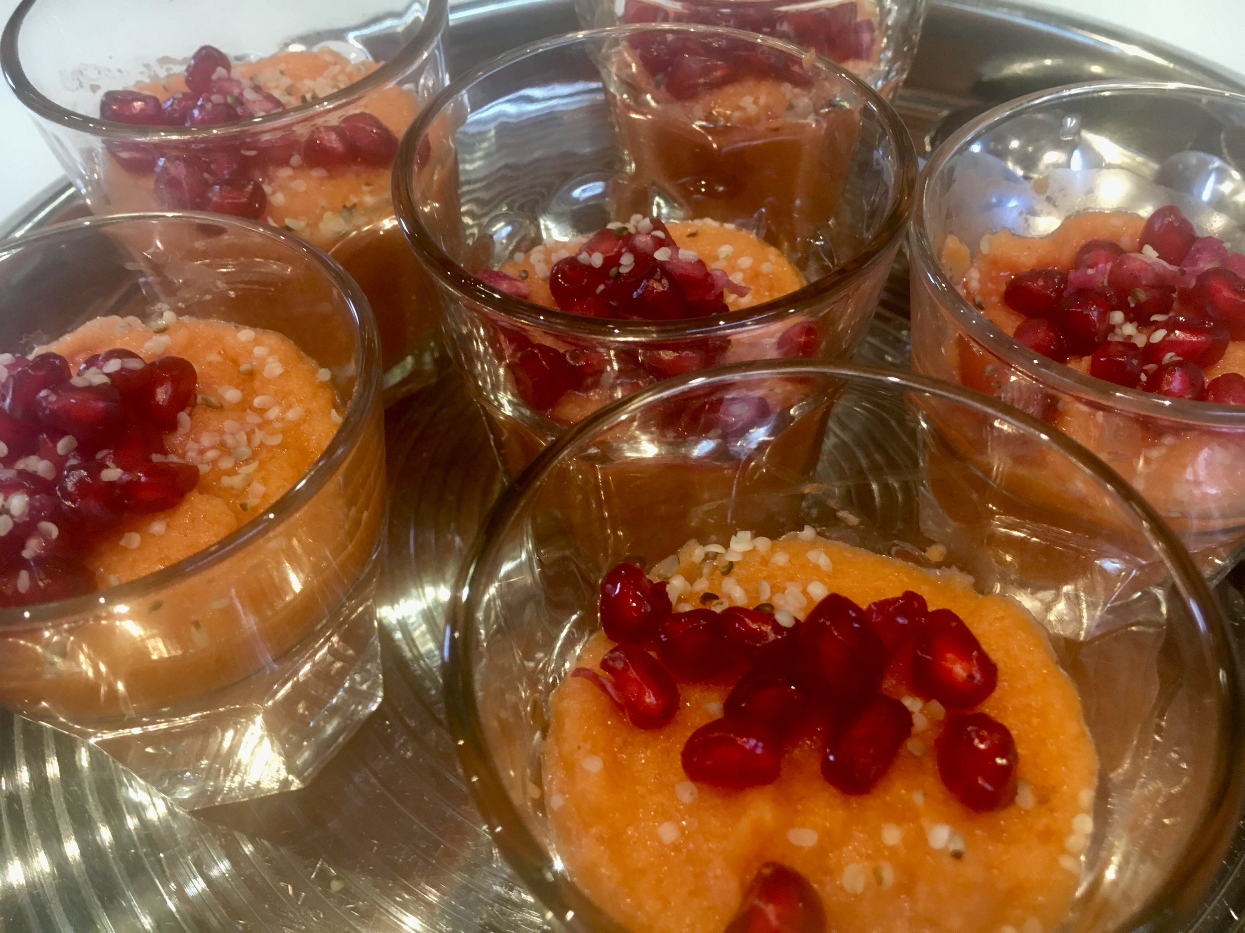 ©Sistahintheraw Sweet potato and pomegranate mousse