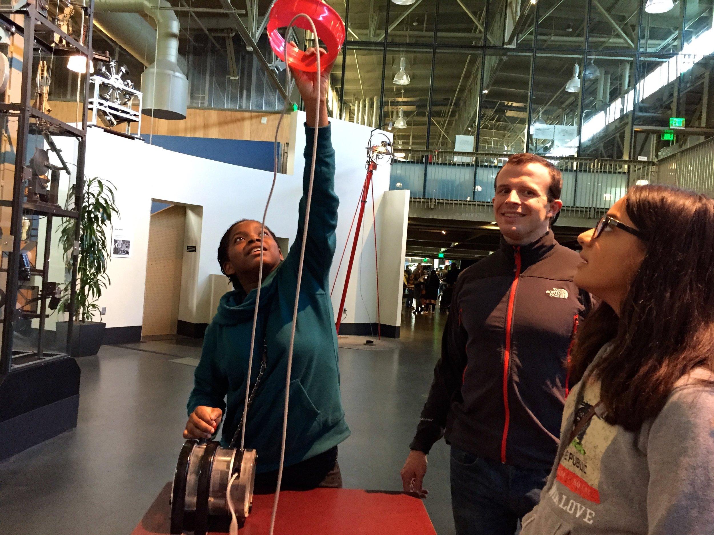 Exploratorium field trip    //  Campers and volunteers indulged their curiosity at the SF Exploratorium