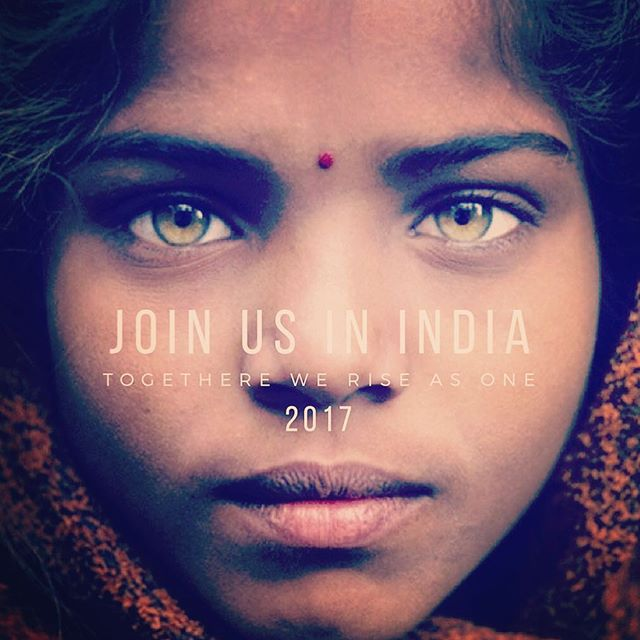 """We are inviting all Yogis around the world to """"be the change"""" 🙏🏽 Apply to be part of our first project India 2017! It will be a """"Personal resolution for a social revolution""""  To APPLY and find out more click the link in Profile ☝🏼 #riseasoneproject"""