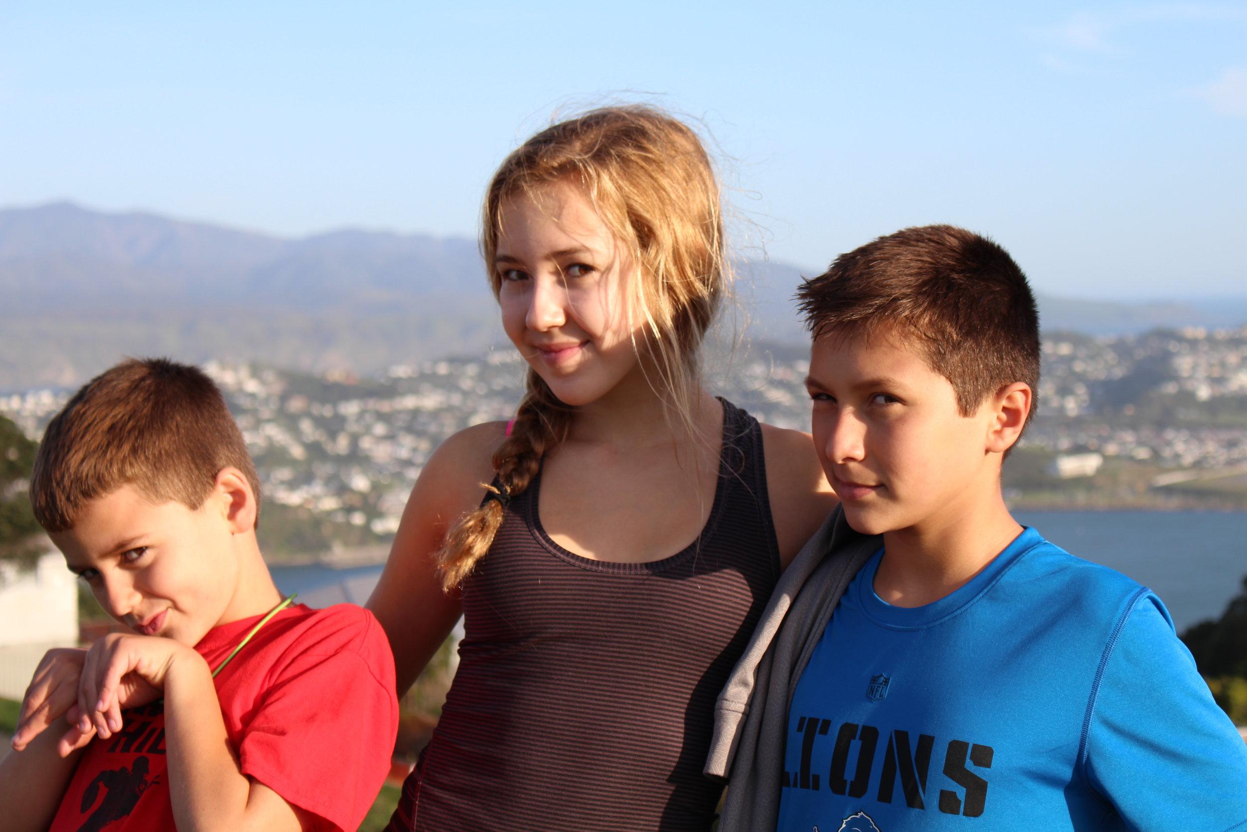 kids-at-sunset.jpg