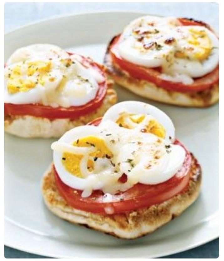 bagel tomato