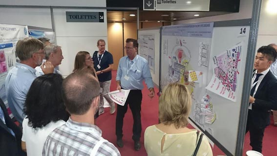 Poster Presentation of the NEW DRY EYE CONCEPT at the TFOS Congress 2016 - Great audience and great response - (Photo courtesy of Heiko Pult)