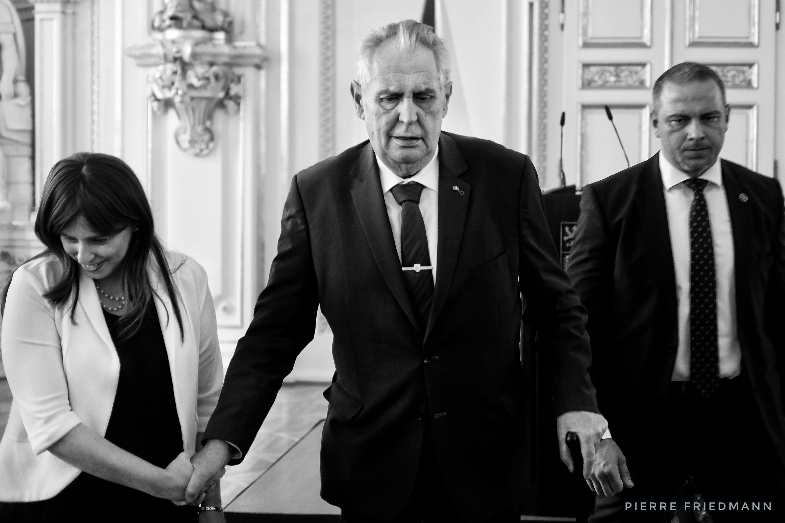 Israeli deputy minister of foreign affairs Zipi Hotoveli breaks protocol and helps Czech president Miloš Zeman get off the stage. The president hosted Israel's 70th Independence Day celebration at the Spanish Hall of Prague Castle, 25.4.2018.