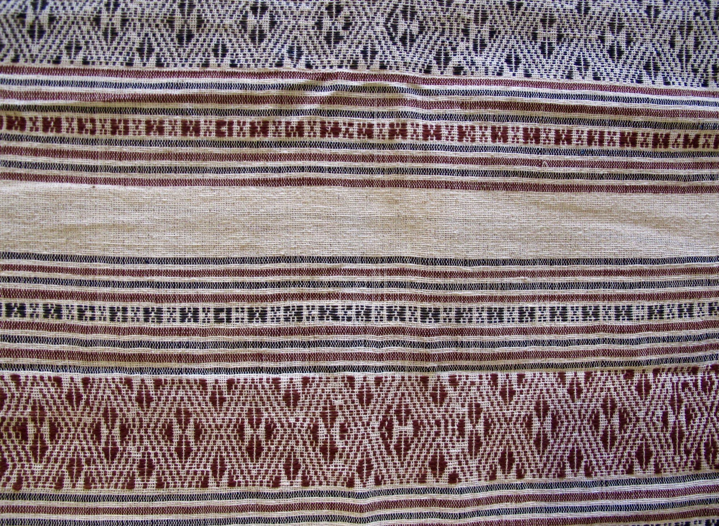 Natural dyes of indigo and macbau