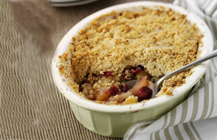 Pear-&-Cranberry-Crumble-(hi-res).jpg