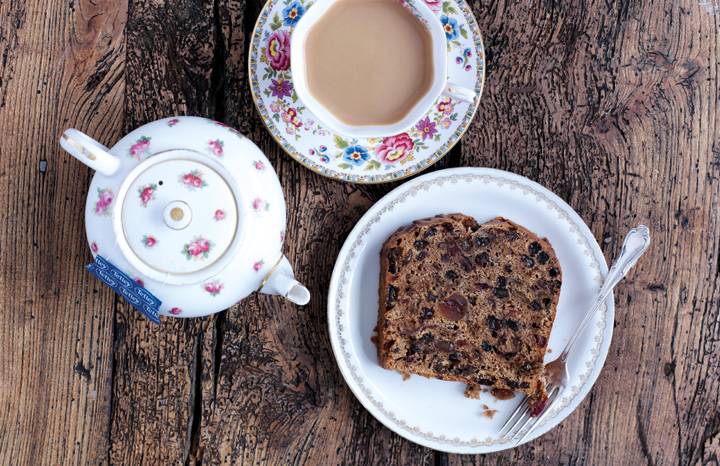 4993_Tetley_Earl_Grey_Peach_Tea_Cake2_HR.jpg