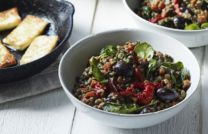 warm%20roasted%20pepper%20&%20lentil%20salad%20with%20olives%20&%20halloumi.jpg
