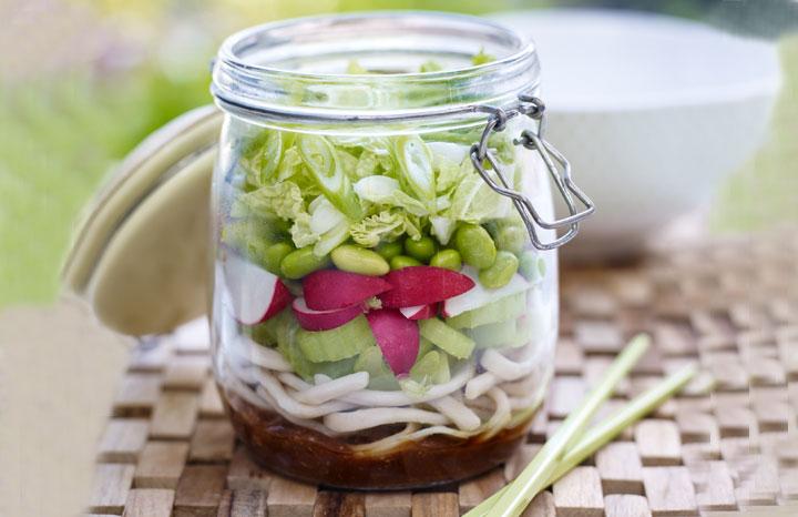 Love-the-Crunch-Kilner-Jar-salad.jpg